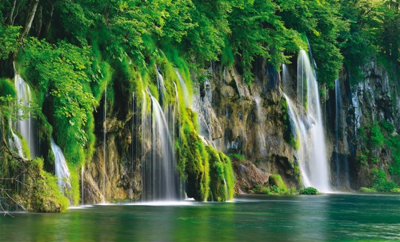 Joy on Rastoke and Plitvice. Two days for two 550 kn - Hotel Degenija ****