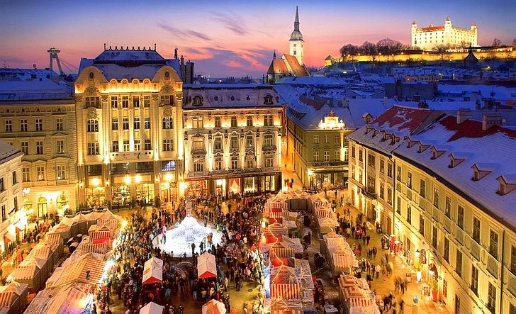 Advent in Prague, Vienna and Bratislava, 4 days by bus, First minute 770 HRK