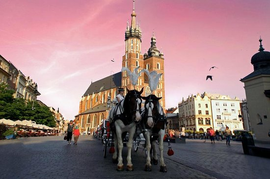 New Year 2018 in Krakow! 5 days by bus 950 kn!
