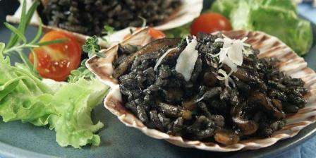 Crni rižoto za prave ljubitelje morskih delicija...