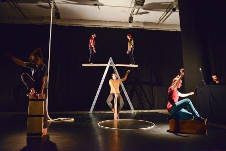Brojni cirkuski umjetnici   U CIRKOBALKANINOM CIRKUSKOM ŠATORU I POGONU JEDINSTVO